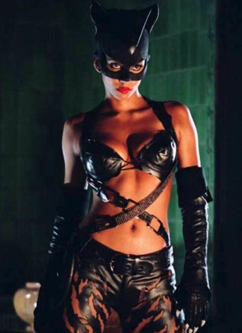 Halle Berry har ingen problemer med å slange seg inn i Storm-drakten hun bruker i X-men 3 og «uniformen» fra Catwoman, uten at hun blir usunt tynn og kroppsfiksert. Hun følger et populært livsstilsprogram som kalles 5 Factor Fitness. Det innebærer fem måltider om dagen, og fem treningsøkter á 25 minutter hver uke. Kanskje også noe for den som tror på tallmagi?