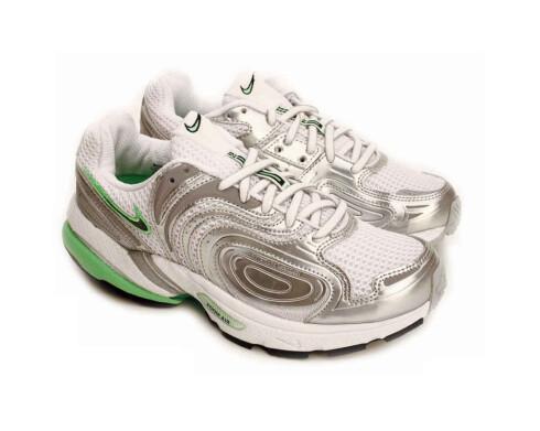 Fine for føttene. Med disse går løpeturen litt lettere. (Kr 1200, Nike)