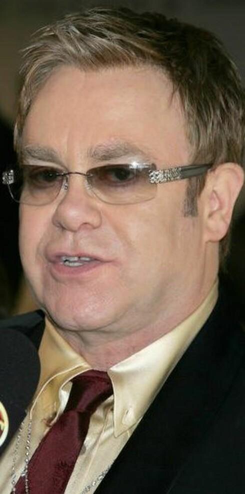Kommer Sir Elton John til å gå i klær fra Moods of Norway?
