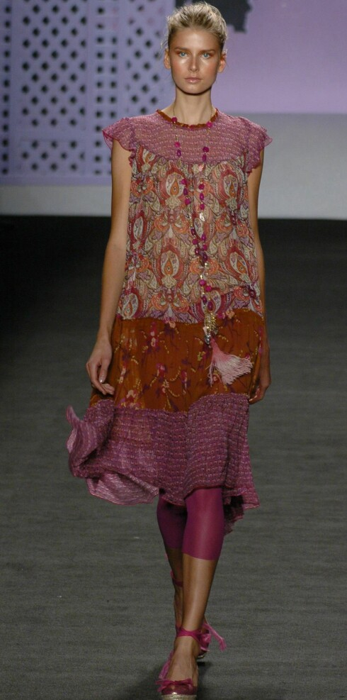 Anna Sui vår- sommer 2006.