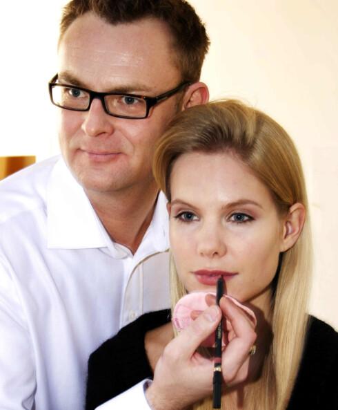Helge Borgen er fast makeup-ekspert og stylist for kk.no. Foto: KK