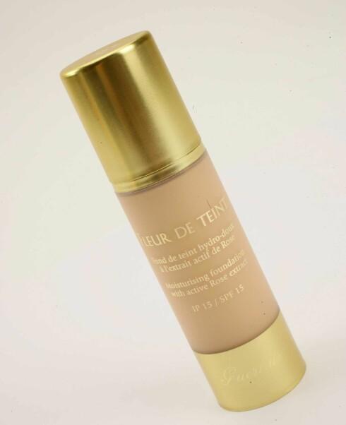 Foundation fra Guerlain. Inneholder roseekstrakter, som skal gi vakker hud (kr 340).