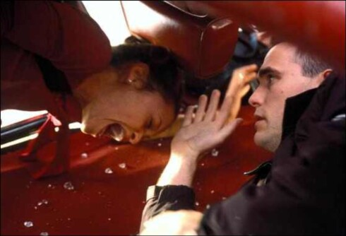 Crash ble årets store overraskelse. Filmen var  nominert til 6 Oscar og endte med pris for blant annet beste film og beste originalmanus.