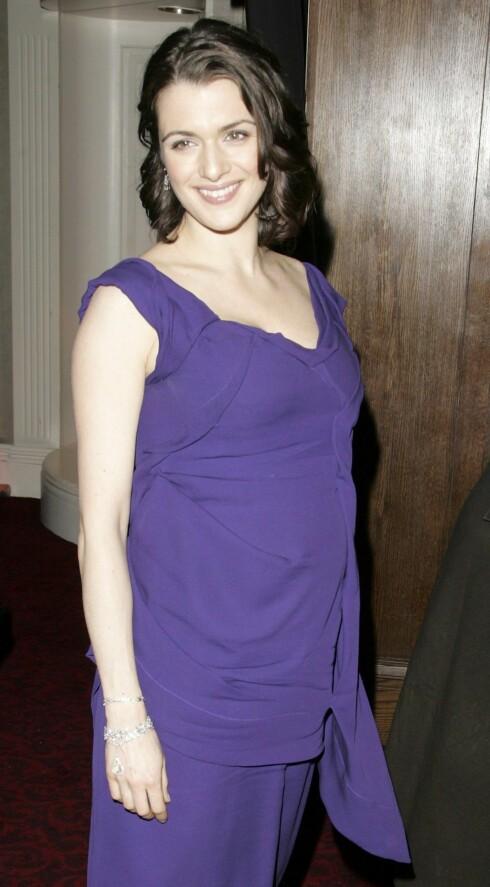 Rachel Weisz er seks måneder på vei. Barnefaren er regissør Darren Aronofsky. Rachel var BAFTA-nominert for beste kvinnelige birolle i The Constant Gardener.