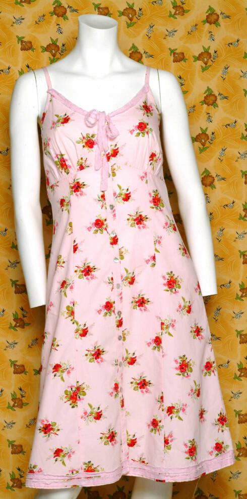Romantisk kjole (kr 1300, Rett og Slett)