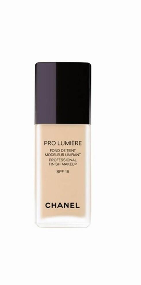 Pro Lumiere, foundation (kr 365)