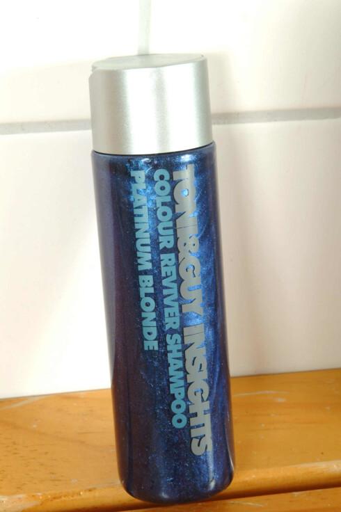 Toni&Guy Insights Color Reviver Shampoo (110,-) gjenoppretter og intensiverer fargetonene i håret ditt.