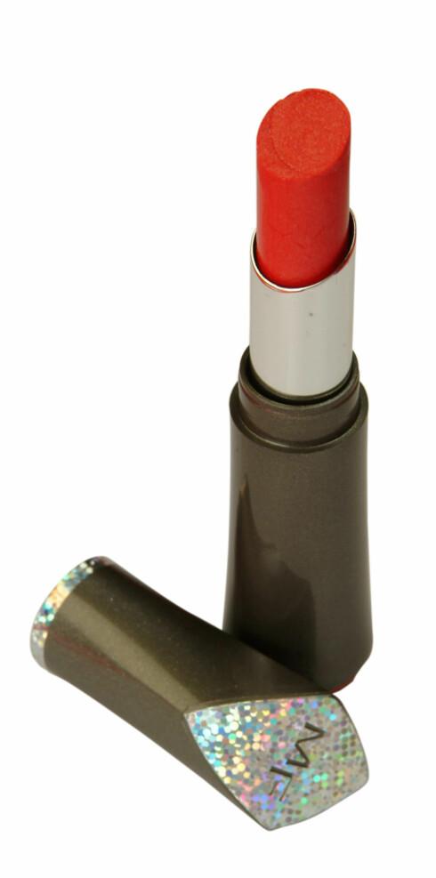 Rød leppestift (kr 110, Colour Perfection fra Max Factor)