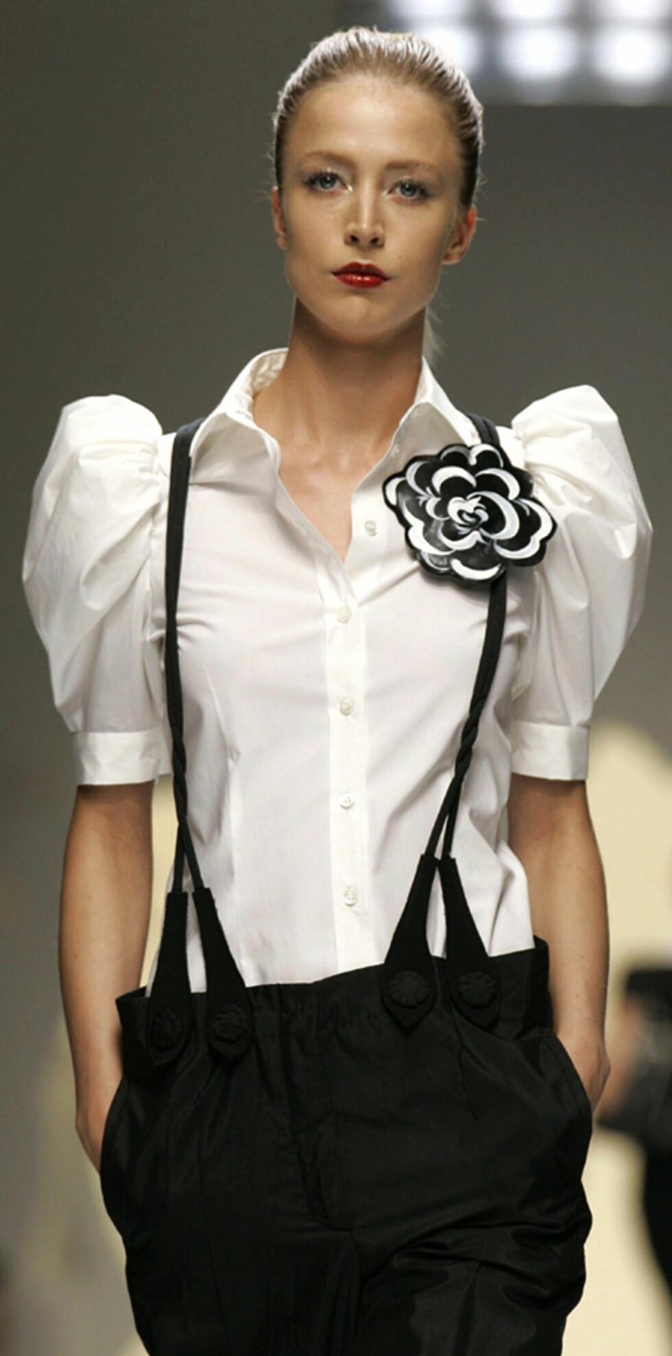 Lær trendtriksene- kle deg kontrastfullt.