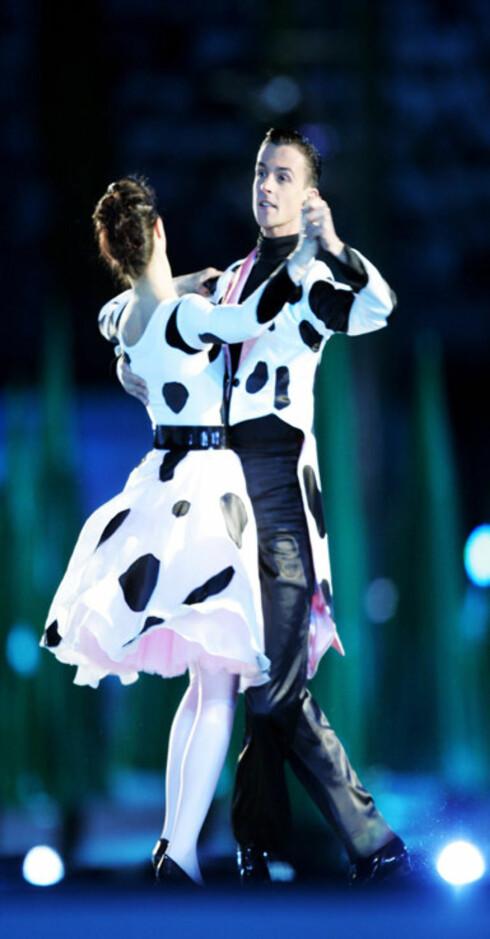 Koreografien var enestående. Danserne overgikk Blomster-Finn Schjøll fra TV 2s program Skal vi danse.