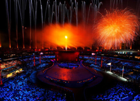 Det ble ikke spart på noe for å markere at 16 dager med Olympiske vinterleker er i gang.