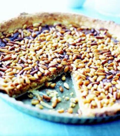 Pine nut honey pie