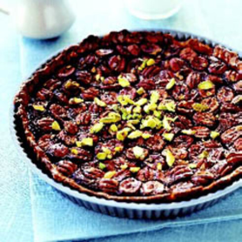 Chocolate maple kiss pecan pie