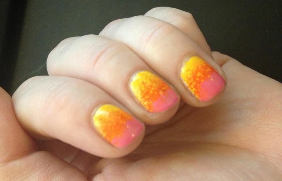 GRADIENT: Du kan gjøre det med sterke farger eller duse farger og få veldig ulik effekt. Kombinasjonen gul, oransje og rosa minner litt om Lollipop-is.  Foto: Aina Kristiansen