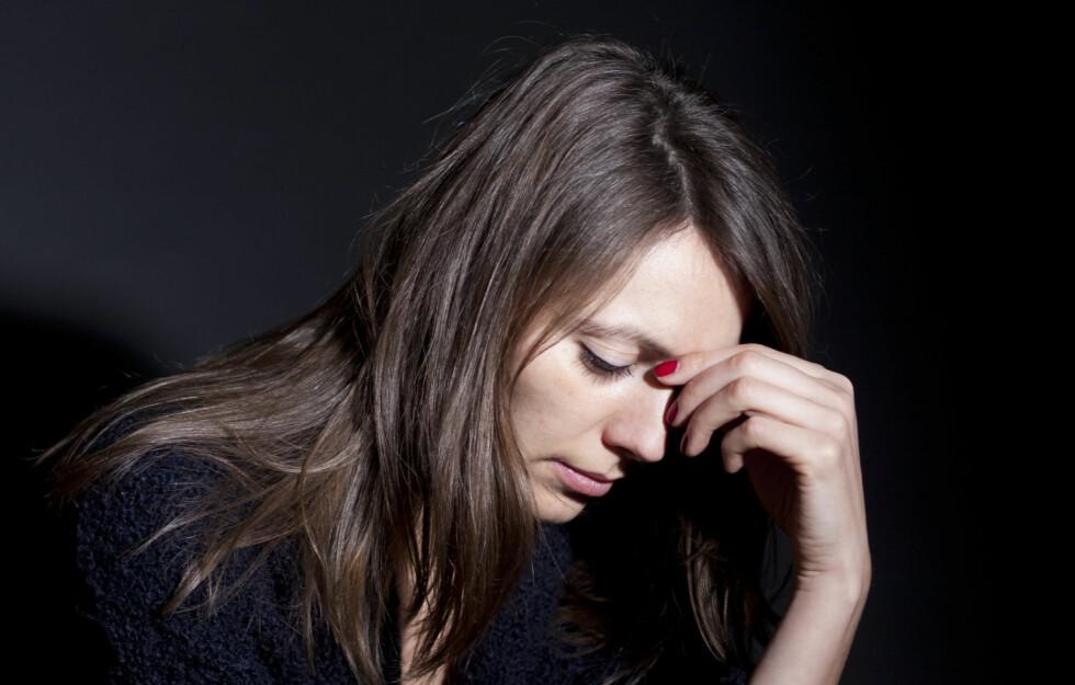 DEPRIMERT: Hele 25 prosent av alle kvinner vil oppleve å få en form for depresjon som trenger behandling en eller annen gang i løpet av livet. Foto: Adam Gregor - Fotolia