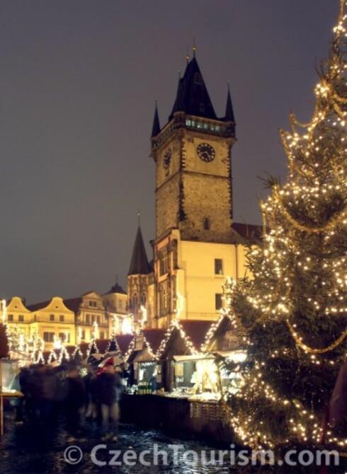 Reisen til eventyrlandet! Praha er byen for julestemning og flott shopping. Foto: All Over Press Norway