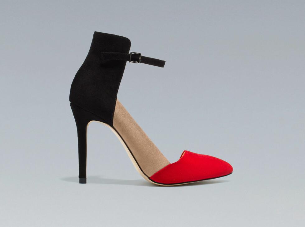 Sko med rød tupp. 199 kroner, Zara.no.  Foto: Produsenten