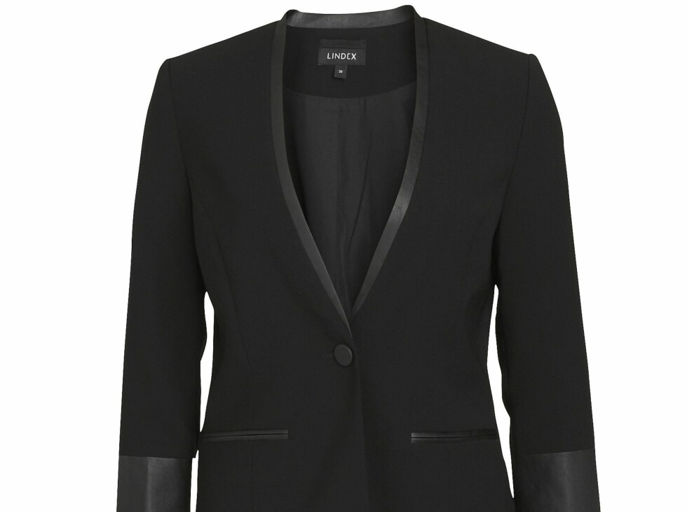 Lindex Autumn 2012 Collections  Blazer / Sizes 36-44  Prices: SE 499 / NO 499 /  FI 49,95 / EE 49,95 / LV 34,95 / LT 179 / CZ 1299 / RU 2499 / SK 49,95 / PL 199 Stine Therese Strand