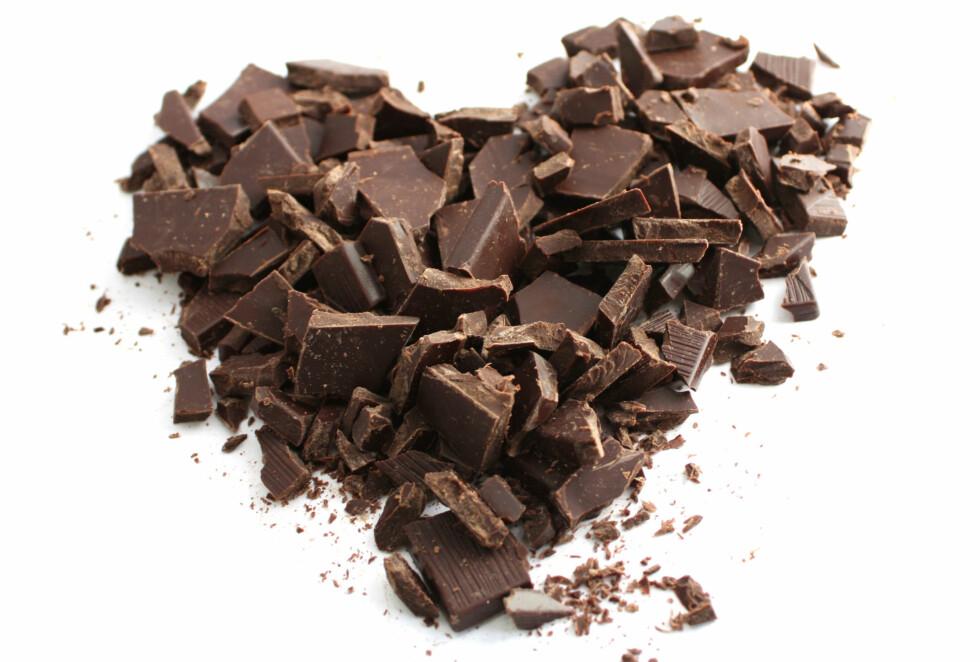 GODT NYTT: Mørk sjokolade er ja-mat for hjertet! Foto: Colourbox.com