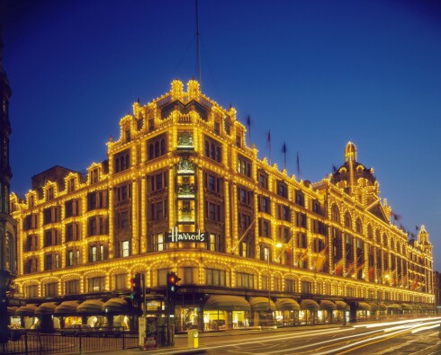 HARRODS: Varemagasinet er London, og trolig Europas, største i sitt slag. Foto: All Over Press