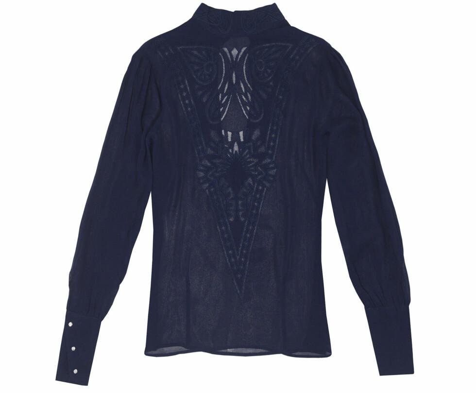Bluse (kr 560, Zara). Foto: Produsenten
