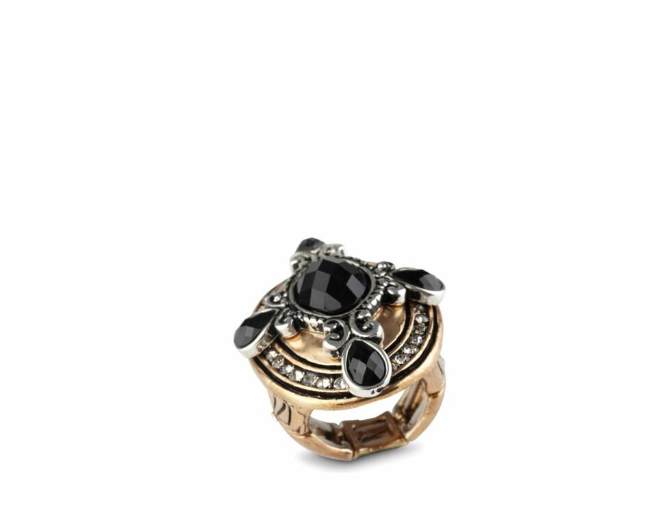 Ring (kr 180, Aldo). Foto: Produsenten