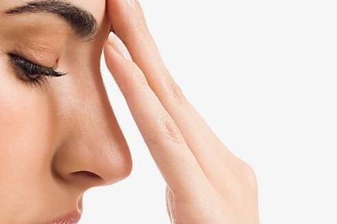 SMERTER?: Smerter i muskler, ledd og skjelett, samt hodepine og migrene KAN være tegn på lett mangel på vitamin D.  Foto: Image SourceAll Over Press