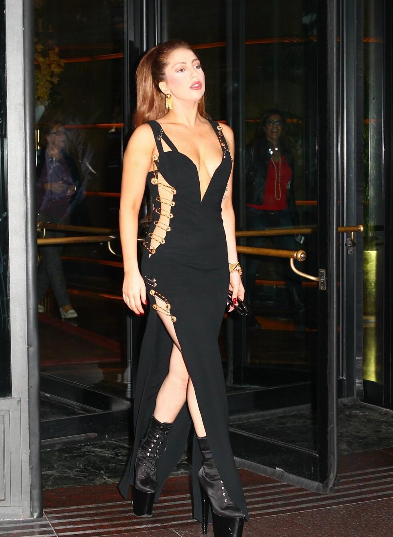 Hey, var det ikke noe kjent med den kjolen? Foto: All Over Press