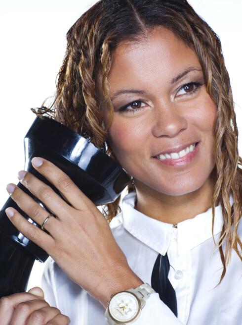 DIFFUSER: Har du krøller, kan en diffuser sørge for at håret ikke blir for brusete av føningen.  Foto: Astrid Waller