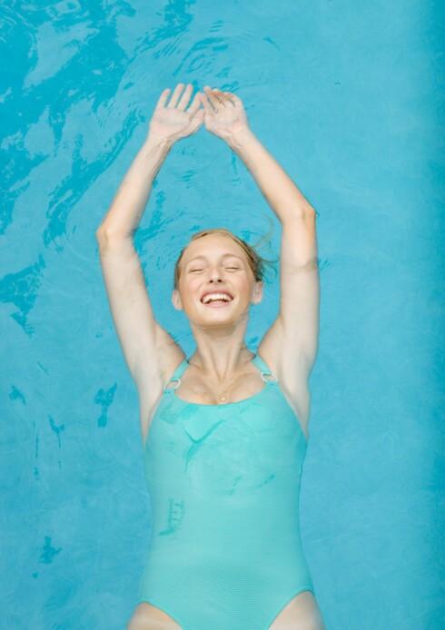 MANGE FORDELER: Svømming er bra for både kropp og sjel, og ikke minst er det kjempefin trening for deg som sliter med skader.  Foto: Frederic Cirou / ZenShui