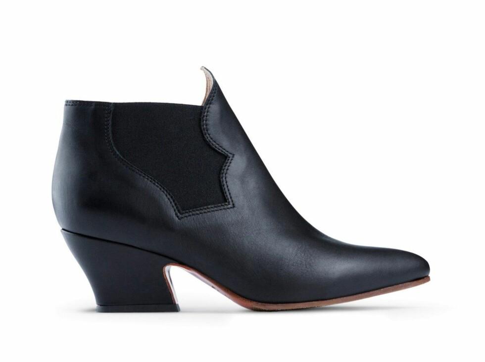 Boots (kr 2895, Acne). Foto: Produsenten