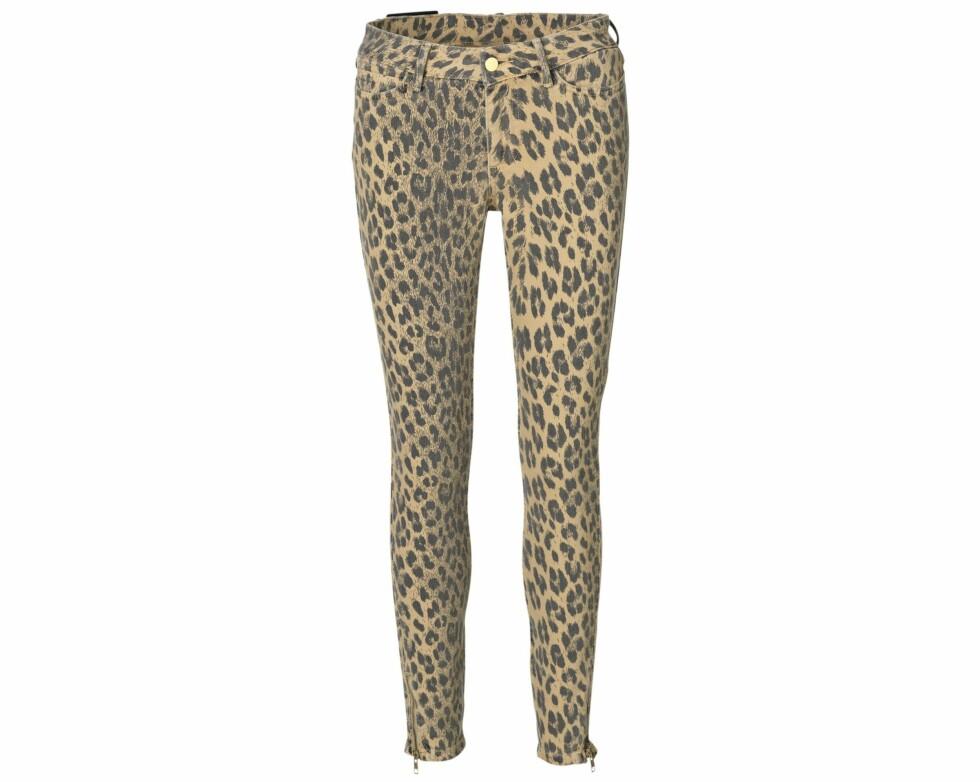 Leopardmønstrete bukser (kr 1600, By Malene Birger). Foto: Produsenten