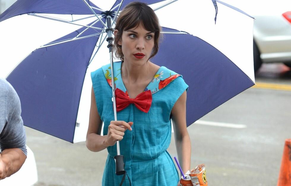 NY GOSSIP GIRL? Motedronningen Alexa Chung har blitt observert på settet til Gossip Girl.  Foto: All Over Press