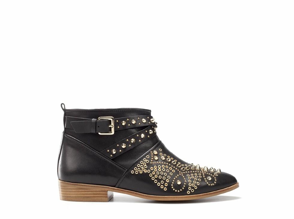 Boots med nagler (kr 1395, Zara). Foto: Produsenten