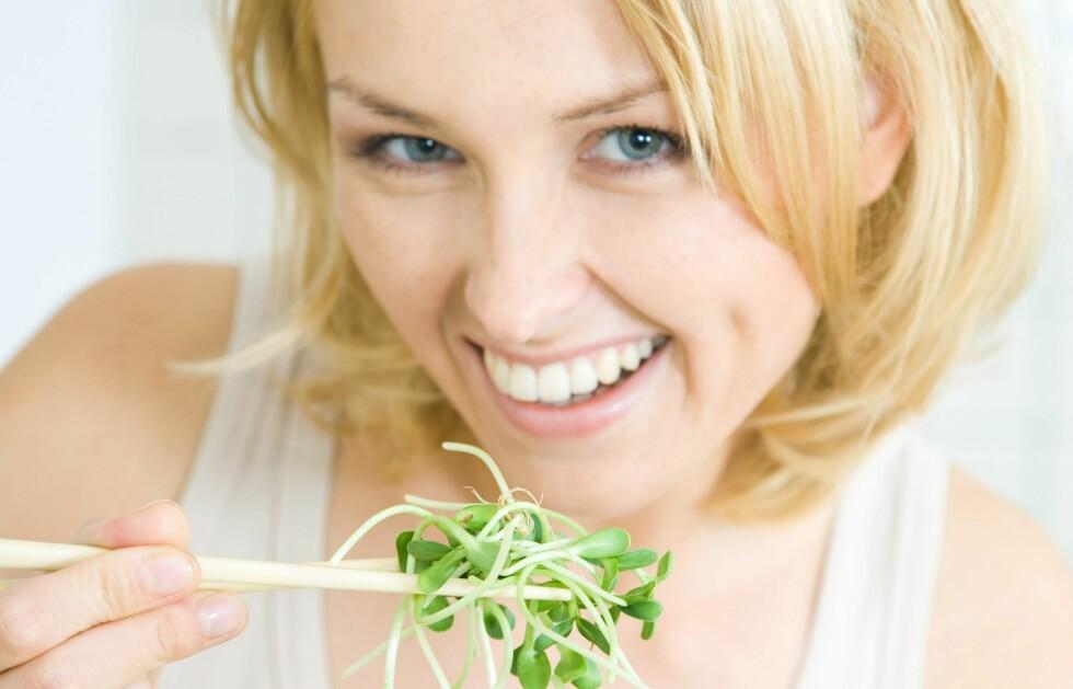 <strong>FYLL PÅ MED VANNHOLDIG MAT:</strong> Da føler du deg mettere enn kaloriene vil tilsi at du er.  Foto: Colourbox.com