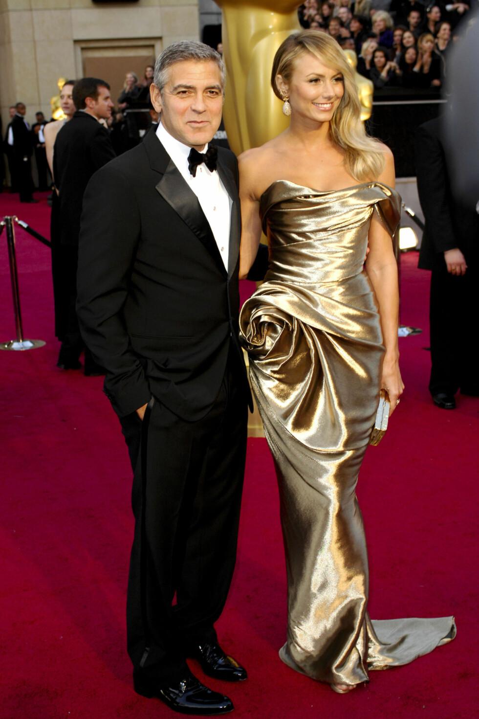 Stacey Keible, kjæresten til George Clooney, gikk for gull på årets Oscar. Foto: All Over Press