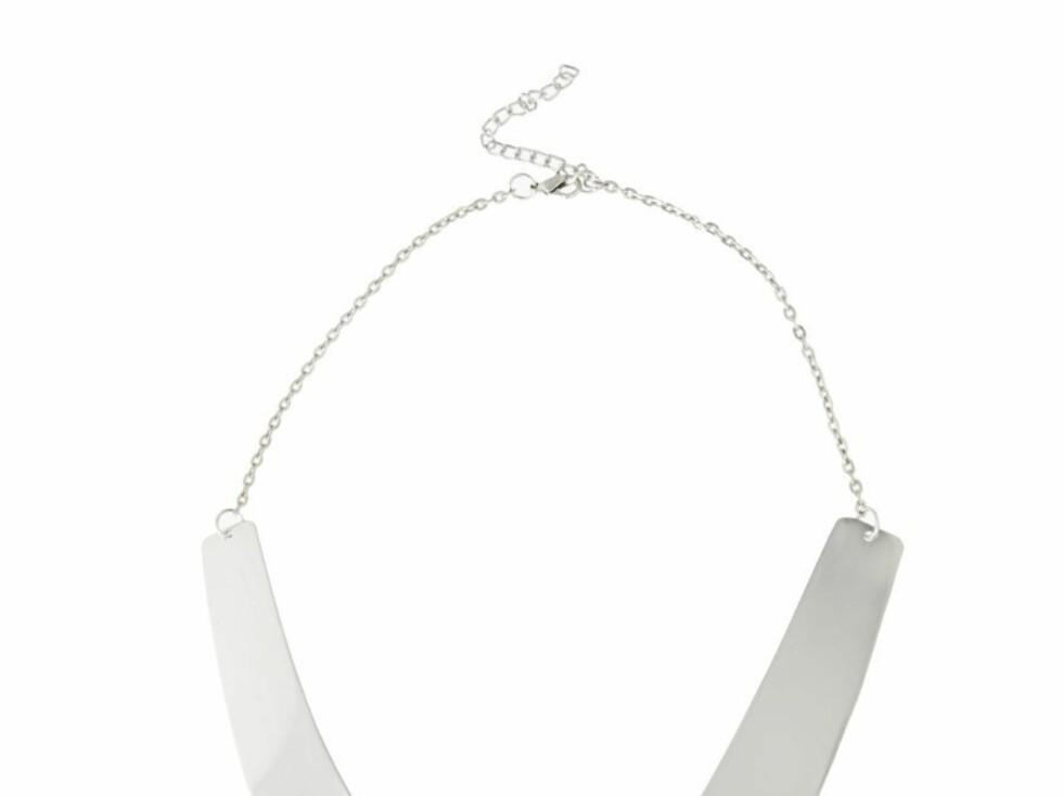 Stilrent smykke (kr 120, asos.com). Foto: Produsenten
