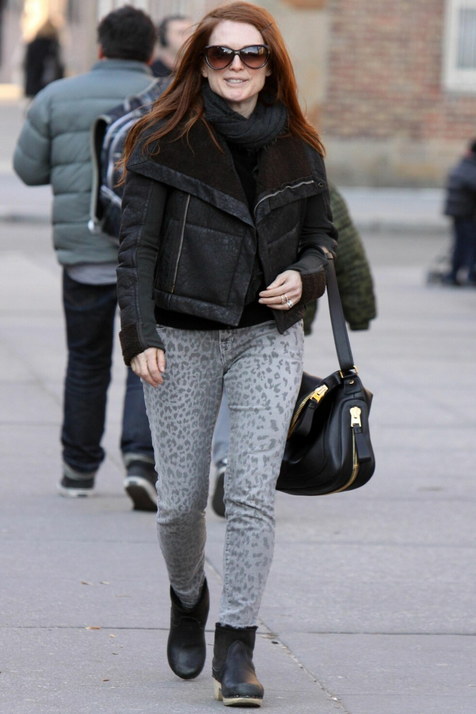 Julianne Moore pictured walking around with a female friend after having lunch at Cafe Cluny in the West Village in Downtown, Manhattan.  Pictured: Julianne Moore  Ref: SPL357770  070212   Picture by: Jose Perez / Splash News  Splash News and Pictures Los Angeles:310-821-2666 New York:212-619-2666 London:870-934-2666 photodesk@splashnews.com  *** Local Caption *** World Rights Foto: All Over Press