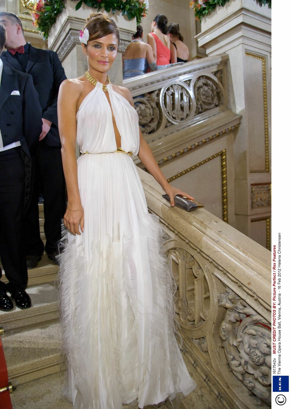 Mandatory Credit: Photo by Picture Perfect / Rex Features (1617542v) Helena Christensen The Vienna Opera House Ball, Vienna, Austria - 16 Feb 2012   / ALL OVER PRESS / ALL OVER PRESS Foto: All Over Press