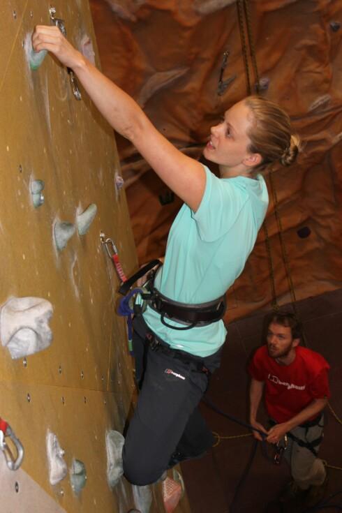 FOR ALLE: Ifølge klatreinstruktøreneer klatring en idrett som passer alle.  Foto: Colourbox