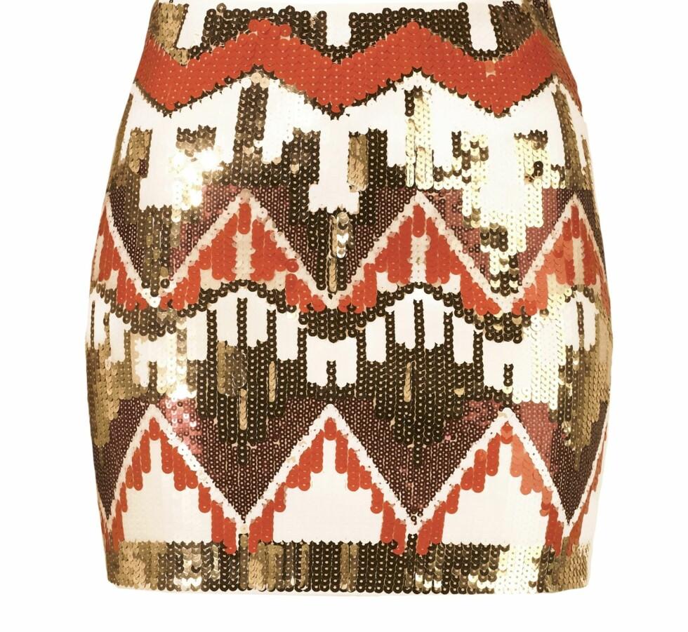 Skjørt i etnisk motiv med paljetter (399 kroner, Gina Tricot).  Foto: Produsenten