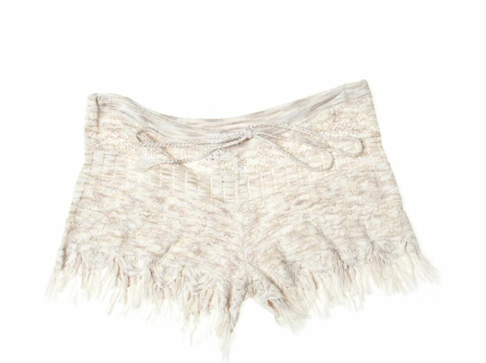 Stilig shorts med frynser (1400 kroner, Odd Molly).  Foto: Produsenten
