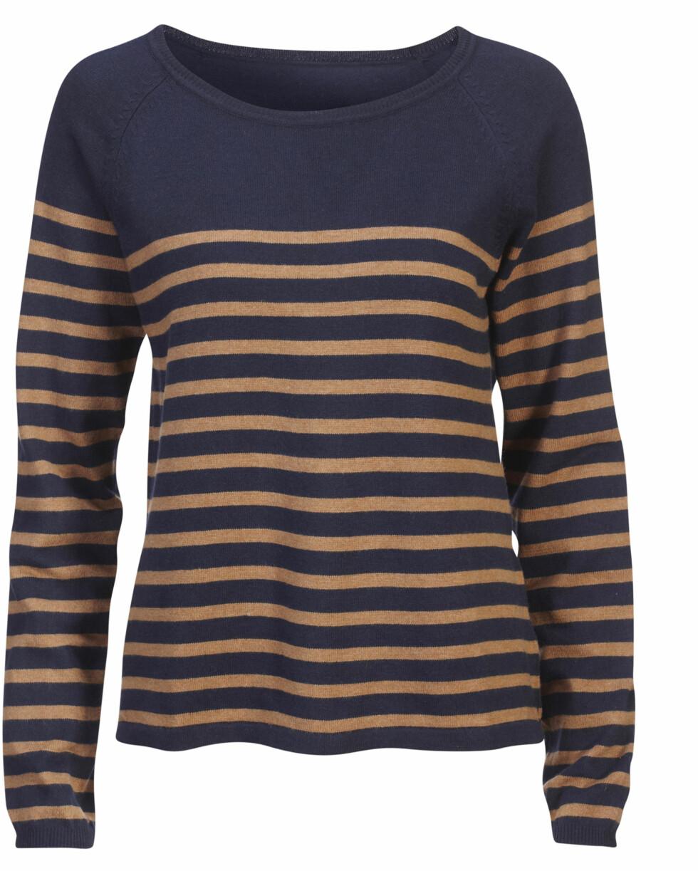 Stripet genser med rund hals (kr.199). Foto: Produsenten