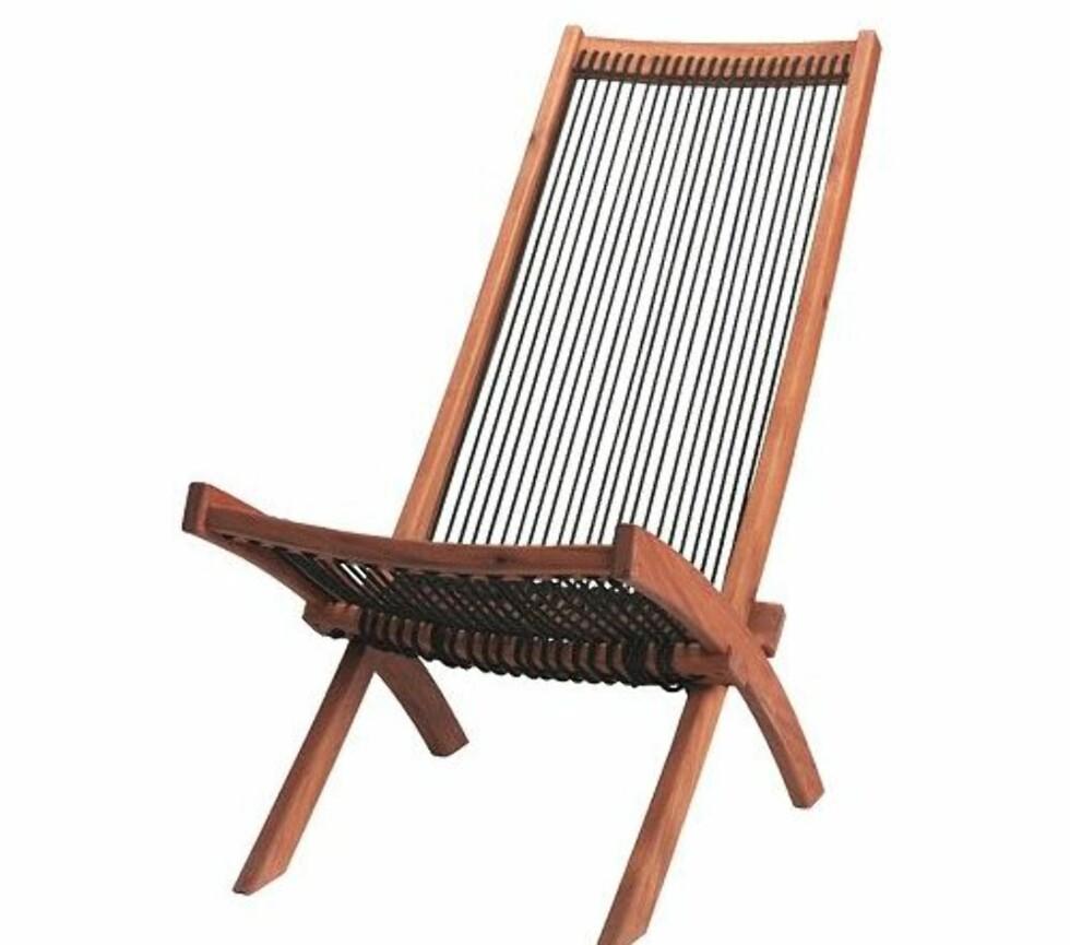 Liggestol med snører som er brukt i både ryggen og på setet (Ikea, kr 495). Foto: Ikea.no