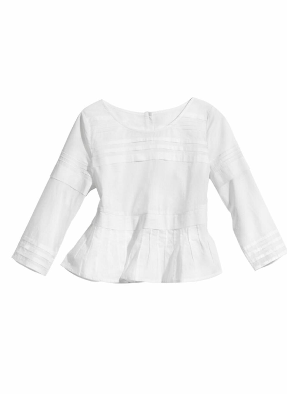 Langermet hvit bluse (kr.149). Foto: H&M