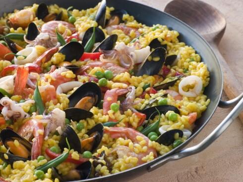 PAELLA: Den spanske nasjonalretten inneholder safran, og smaker herlig.