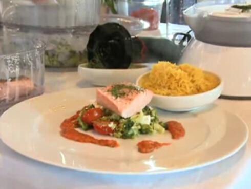 OPPSKRIFT: Salmalaks med safranris er et godt middagsalternativ.  Foto: Per Ervland