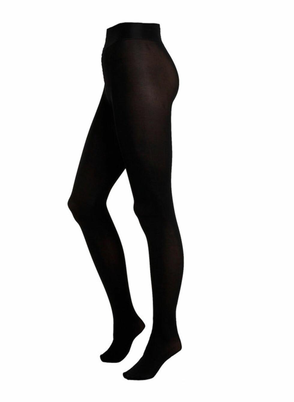 Matt 100 denier strømpebukse. Et must til korte kjoler og skjørt (kr.99/Lindex). Foto: Produsenten