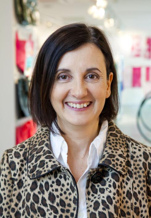 SJEFDESIGNER: Evelina Söderberg i den nyåpnede H&M Home-butikken i Oslo. Foto: Per Ervland