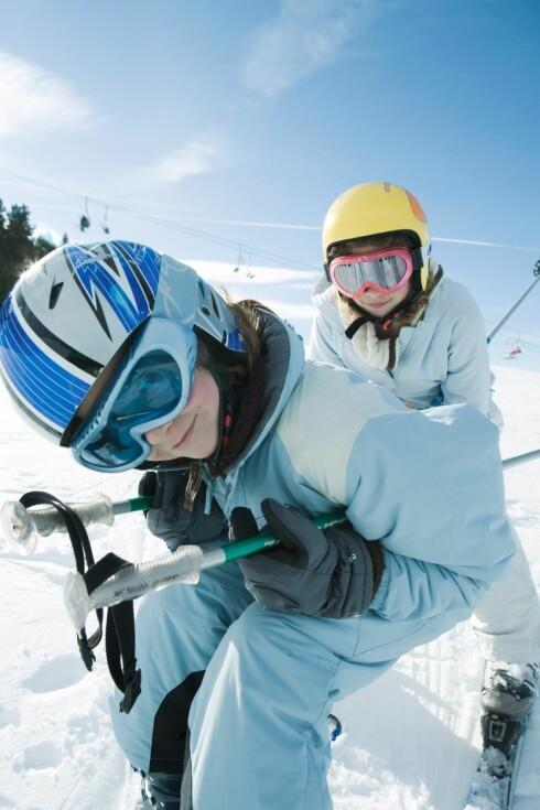 <strong>BARN ER BEST:</strong> Barn og ungdommer er best på hjelmbruk i Norge, men vi voksne er i ferd med å ta innpå.  Foto: Laurence Mouton / PhotoAlto